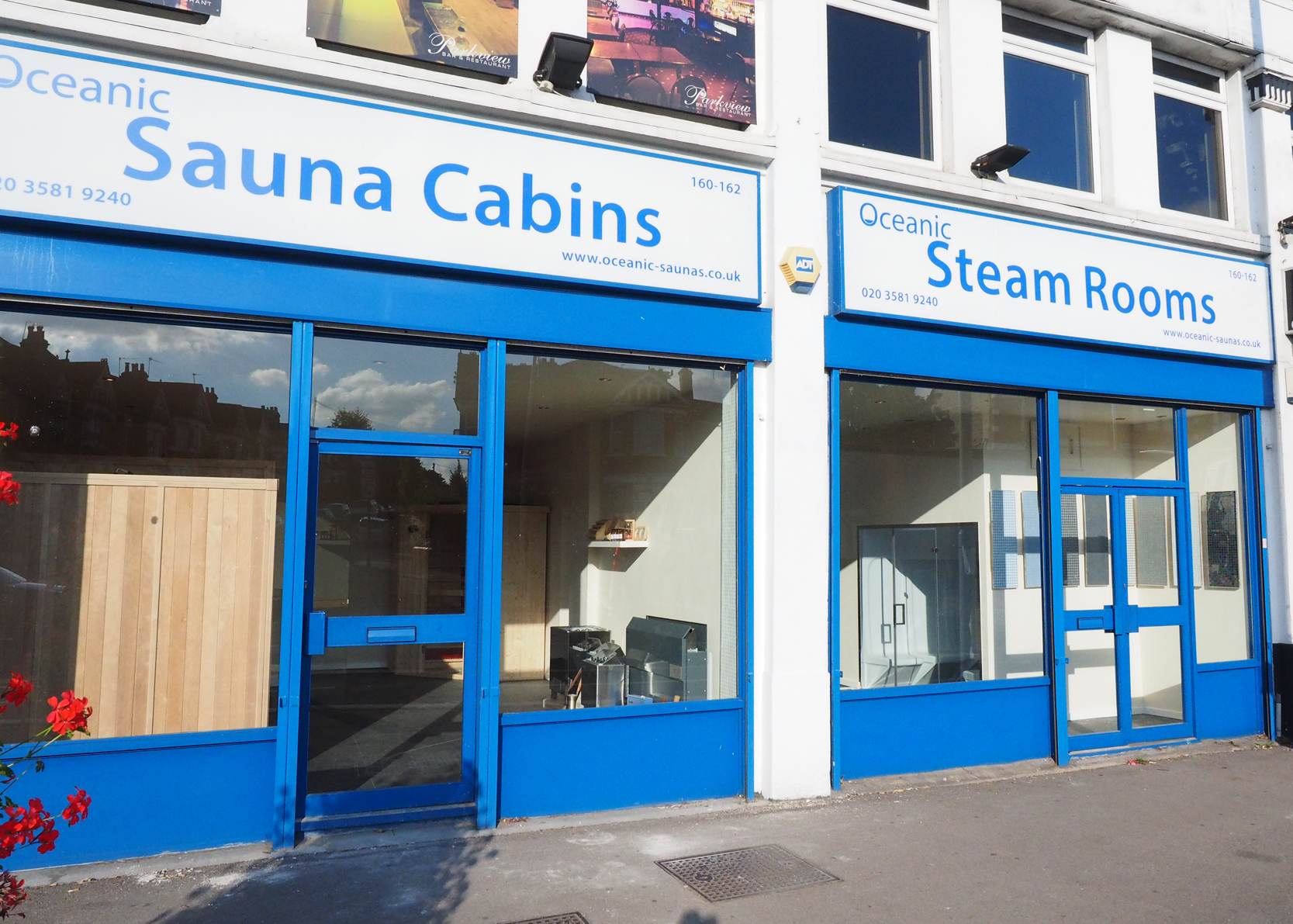 Oceanic Saunas London Showroom